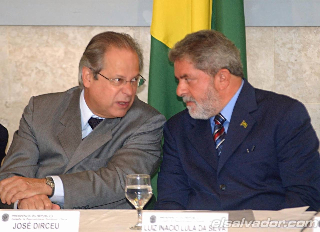El exministro brasileño José Dirceu (iz)
