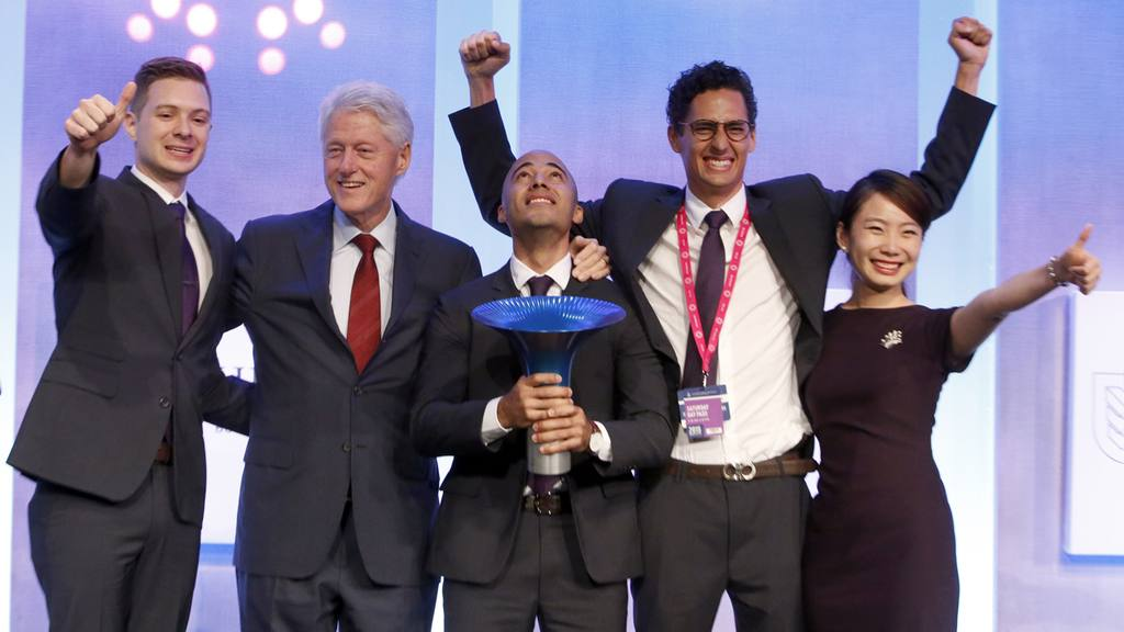 Es la primera vez que un salvadoreño gana en la competencia mundial de emprendedores sociales.