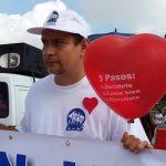 Salvadoreños participaron en una caminata para conmemorar el Día Mundial del Corazón.