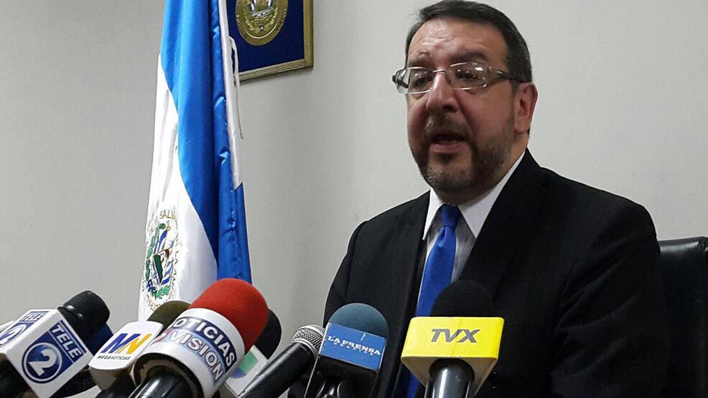El actual director de Medicina Legal, Jos? Miguel Fort?n  Maga?a