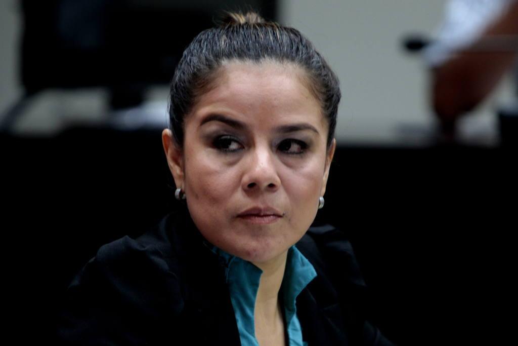 La extintendente de aduanas, Claudia Méndez Ascencio.