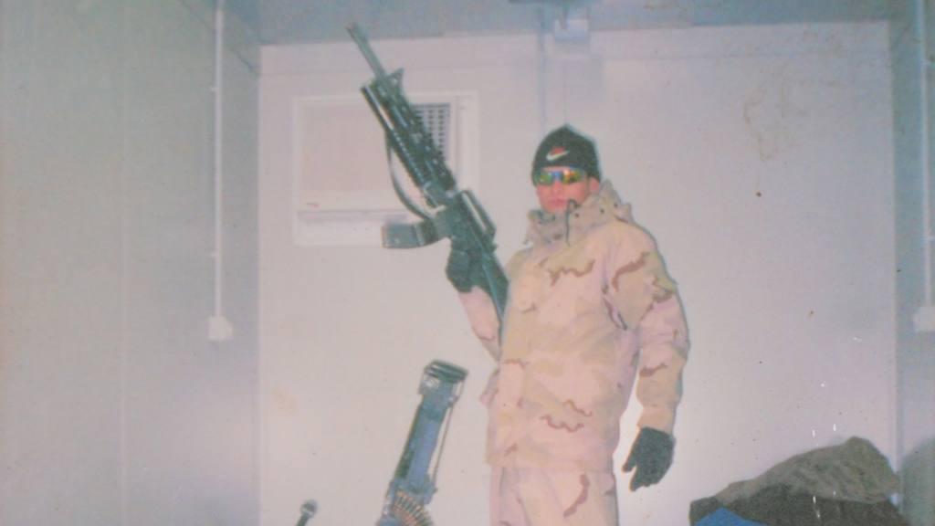 Geovani Contreras, en una se sus misiones en Iraq.