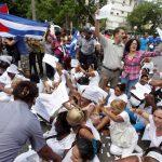Protesta de opositores en La Habana.