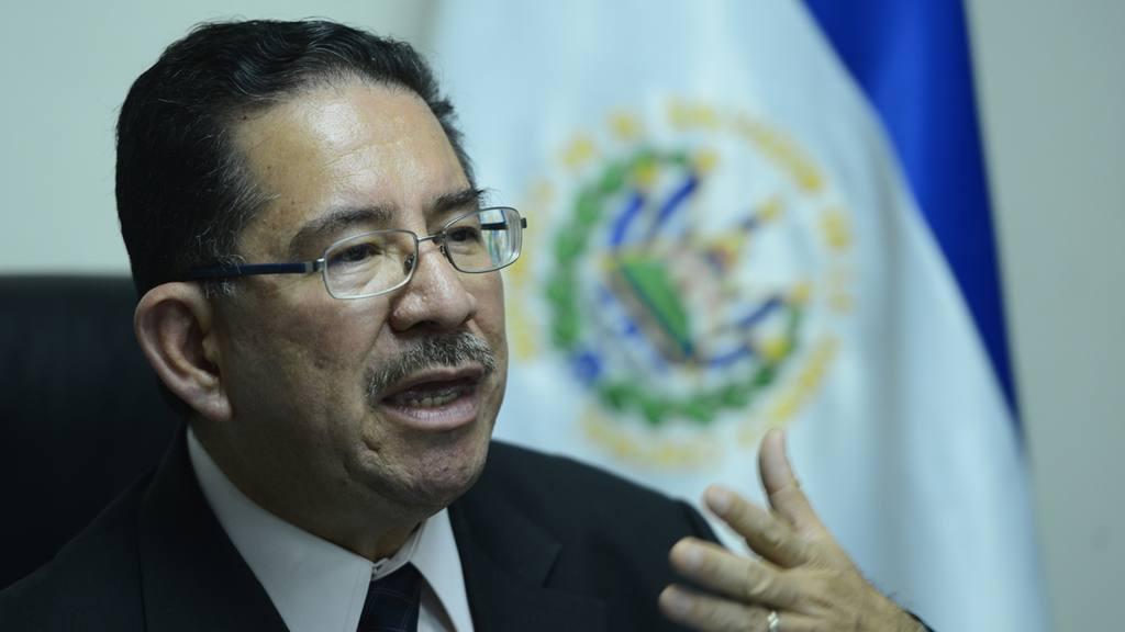 Eugenio Chicas, Secretario de Comunicaciones