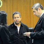 Francisco Flores en los Juzgados Isidro Menéndez