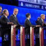 John Kasich, izquierda, y Donald Trump (der)