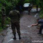 Sujetos con vestimenta de pandilleros asesina a soldado