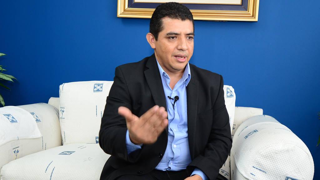 El Viceministro de Eduaci?n Francisco Castaneda.