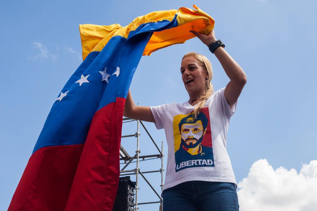 La opositora Lilian Tintori, durante una protesta ayer en Caracas.