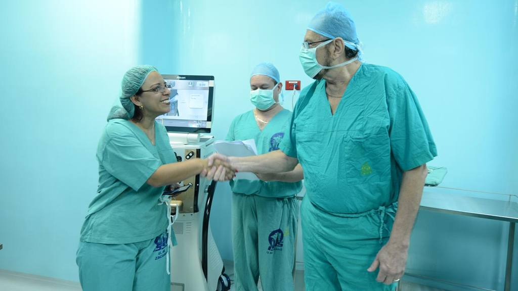 El pasado 25 de noviembre el ISSS brindó un recorrido por los nuevos quirófanos del Policlínico Zacamil, pero ese día tampoco se operó a ningún paciente.