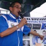 El diputado Reynaldo Cardoza, durante la campa?a para diputados 2012-2015