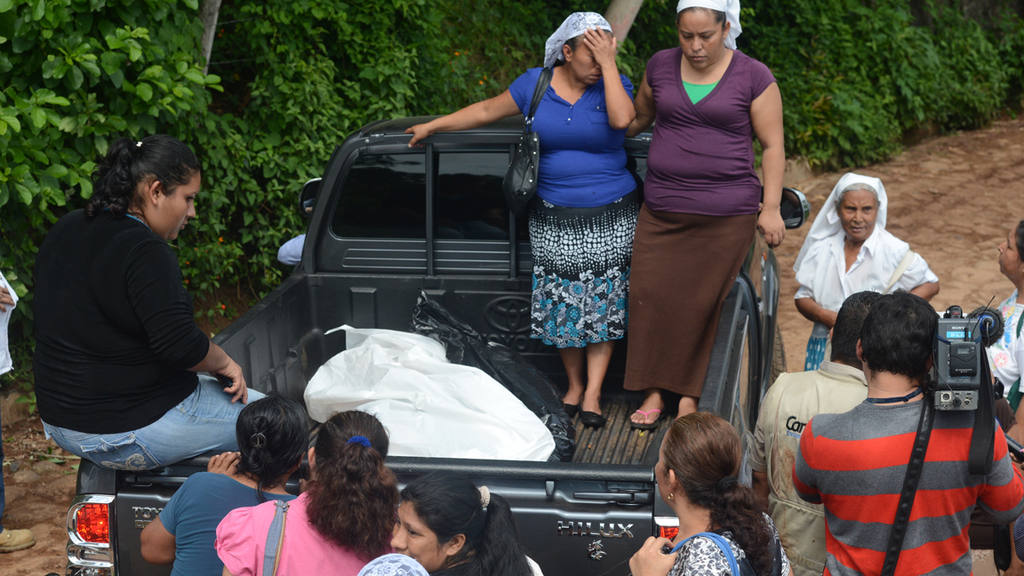 Dos niños y dos adultos fallecieron por las aguas de una repunta del río San Pedro