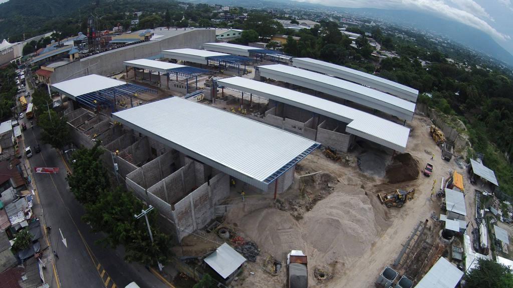Así lucía la terminal del Sitramss el pasado 23 de septiembre, durante ese mes se había anunciado que estaría lista en noviembre.