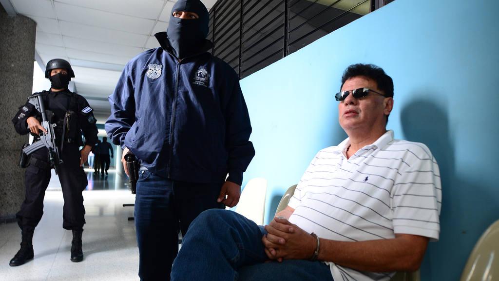 Reynaldo V·squez expresidente de la FESFUT