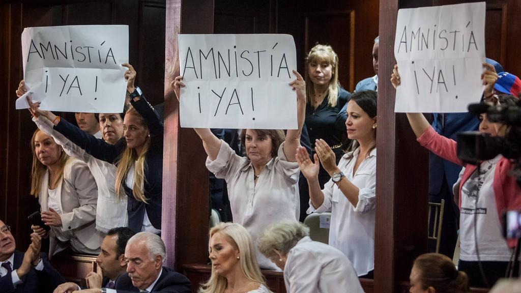 INSTALACI?N DE LA ASAMBLEA NACIONAL DE VENEZUELA