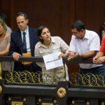 """Parlamento venezolano declara una """"crisis humanitaria de salud"""" en el paÌs"""