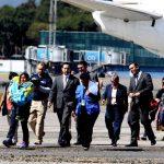 MIGRANTES DEPORTADOS RETORNAN A GUATEMALA TRAS REDADAS EN EE.UU.