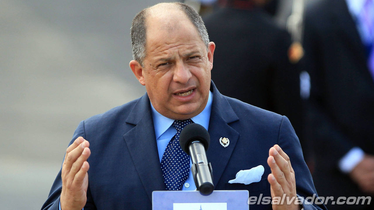 LLEGAN A PANAM¡ PRESIDENTE DE COSTA RICA PARA PARTICIPAR DE CUMBRE DE LAS AM?RICAS