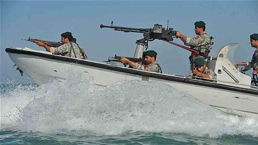 Imagen de la Marina iraní durante un patrullaje en  aguas del Golfo Pérsico.