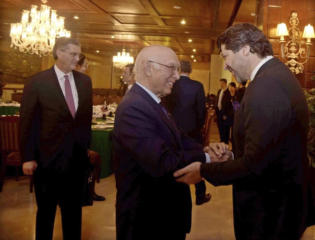 Afganistán, Pakistán, China y EEUU debaten cómo reanudar plan de paz ...