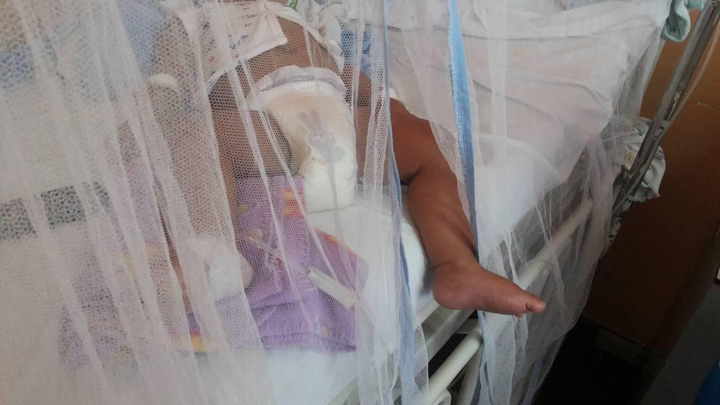 Un bebé con signos de dengue se encuentra ingresado en el hospital Zacamil, en Mejicanos