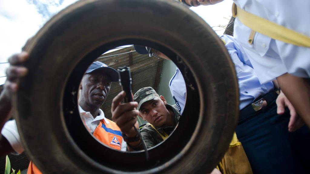 Efectivos de las Fuerzas Armadas visitan unas tres millones de residencias en 350 ciudades brasileñas.