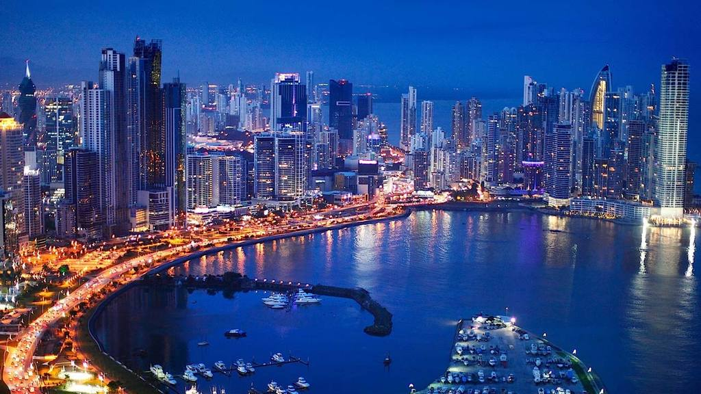 El foro se realizará en Panamá y se destacarán temas de finanzas e inversión.