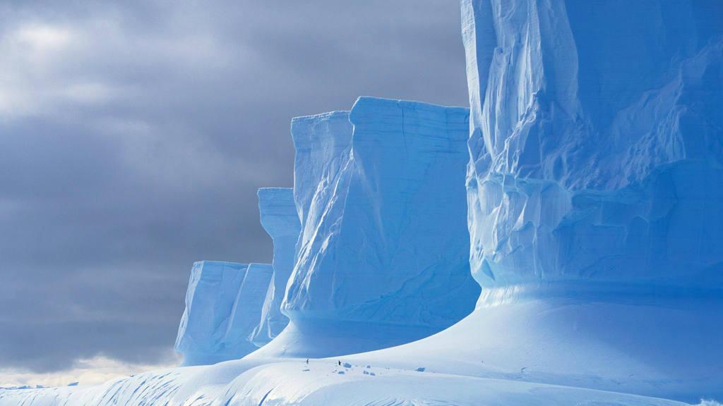 Exploradores en la Antártida