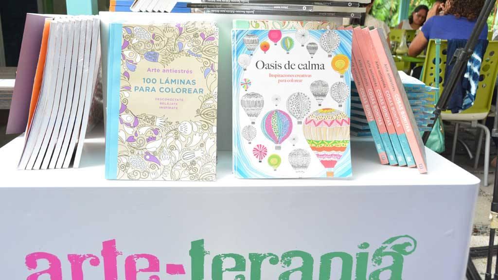 La línea de libros arte-terapia ya está en Almacenes Simán ...