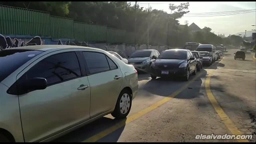 Habilitan paso por bulevar tutunichapa for Calle mistral