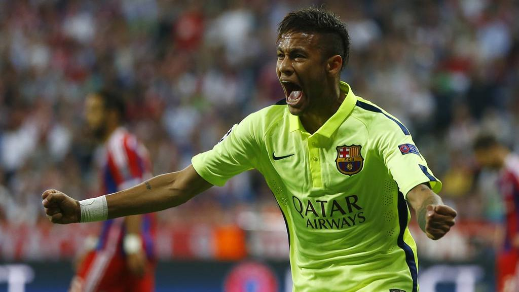Barcelona's Neymar celebrates after scoring his side¿s first goal dur