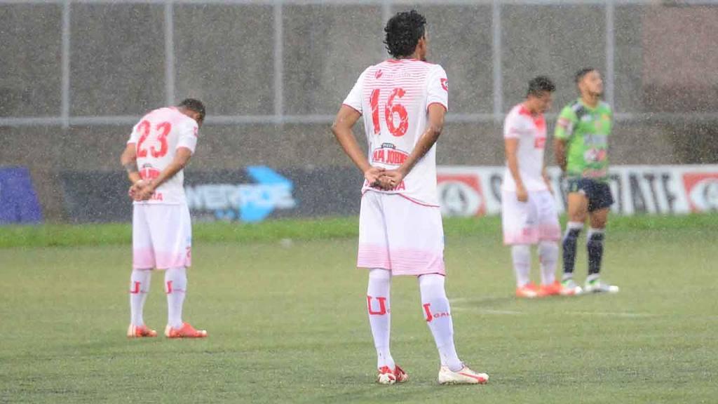 Santa Tecla 4-0 UES