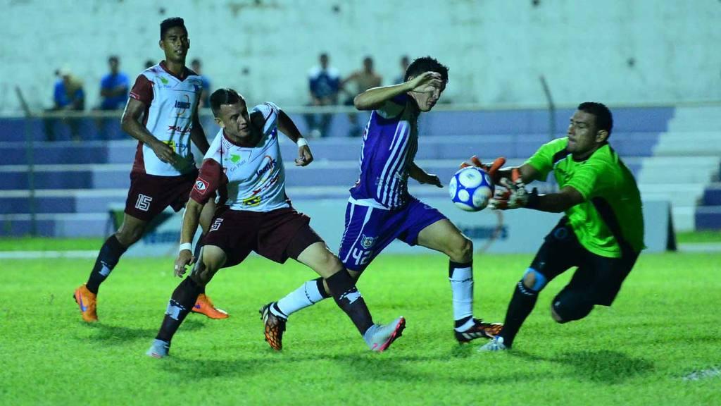 Chalatenango 2-0 Marte