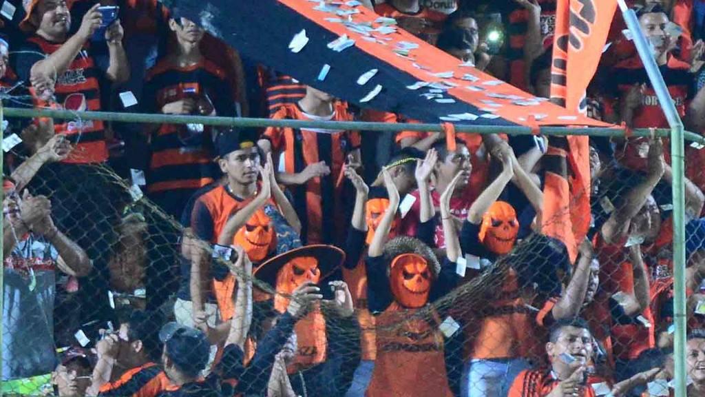 Águila 2-2 Chalatenango