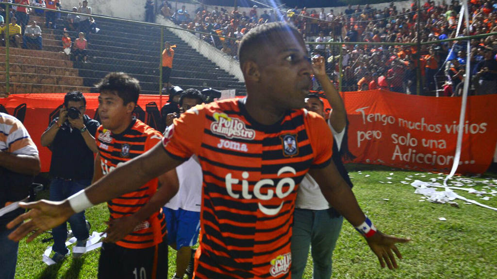 Águila clasificó a semifinales tras vencer a Pasaquina