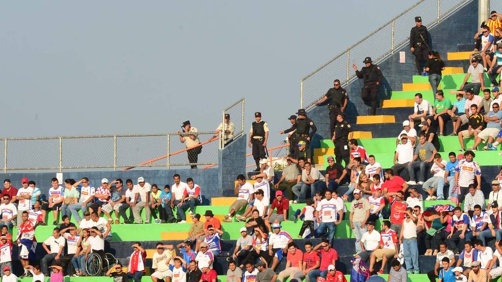 Santa Tecla 0-0 Juventud Independiente