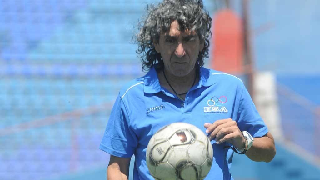La IFFHS deja de lado a Mágico González entre los Futbolistas ... f5653b329827c