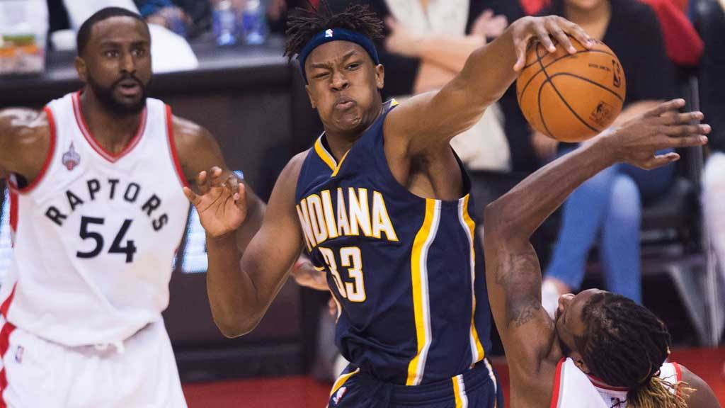 Indiana Pacers forward Myles Turner (33) rejects Toronto Raptors forw