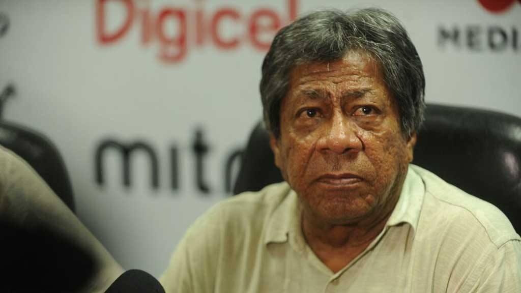 """Ramón """"Primitivo"""" Maradiaga tiene gerantizado su cargo hasta septiembre."""