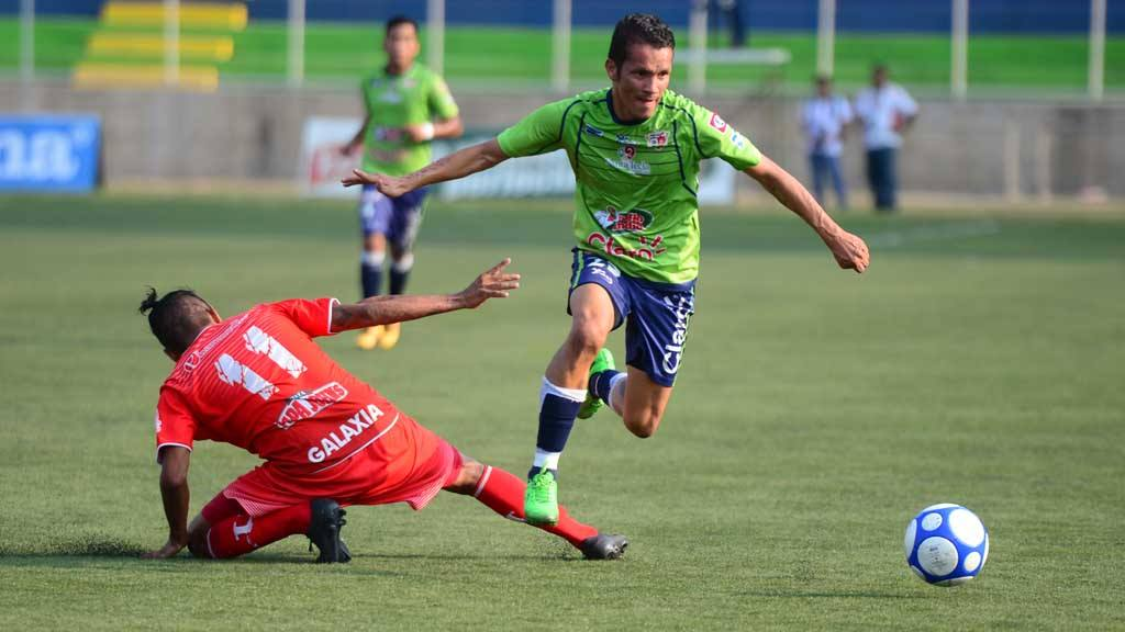 Santa Tecla 5-0 UES