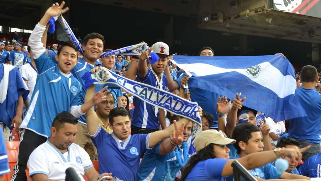 El Salvador vs Perú