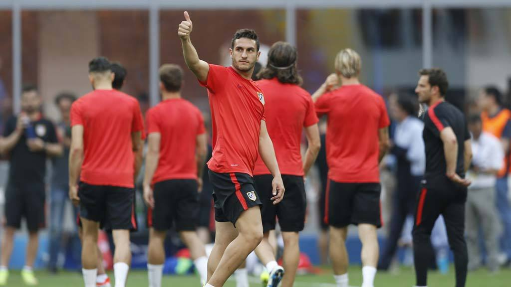 Atletico's Koke Resurrecci�n gives the thumb-up sign during a trainin