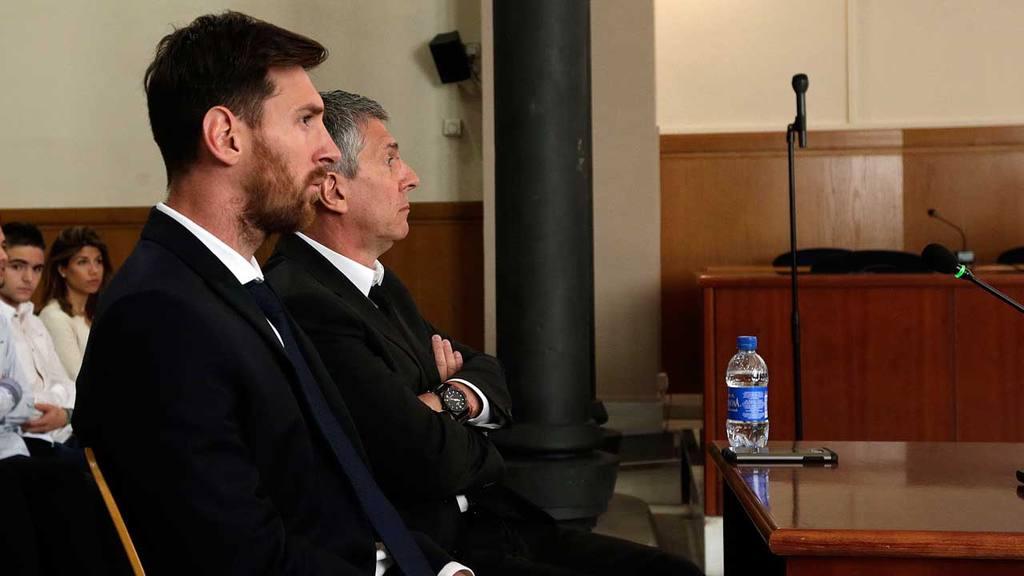 Padre de Lionel Messi revela que el argentino no seguiría en Barcelona, negociará con la directiva del club la salida de su hijo