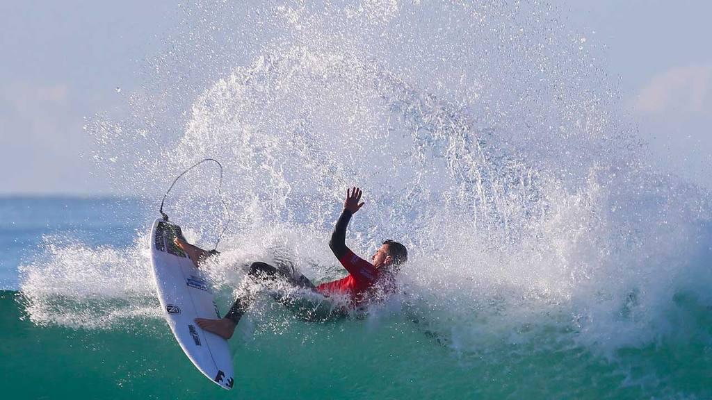 Surf extremo, en la Bahia de Jeffreys