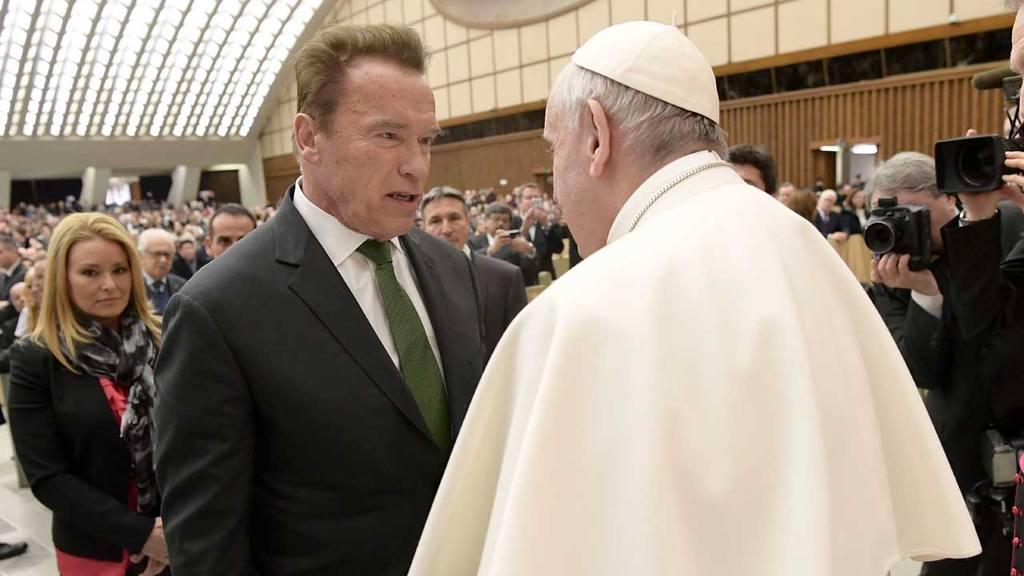 Arnold Schwarzenegger y Papa Francisco