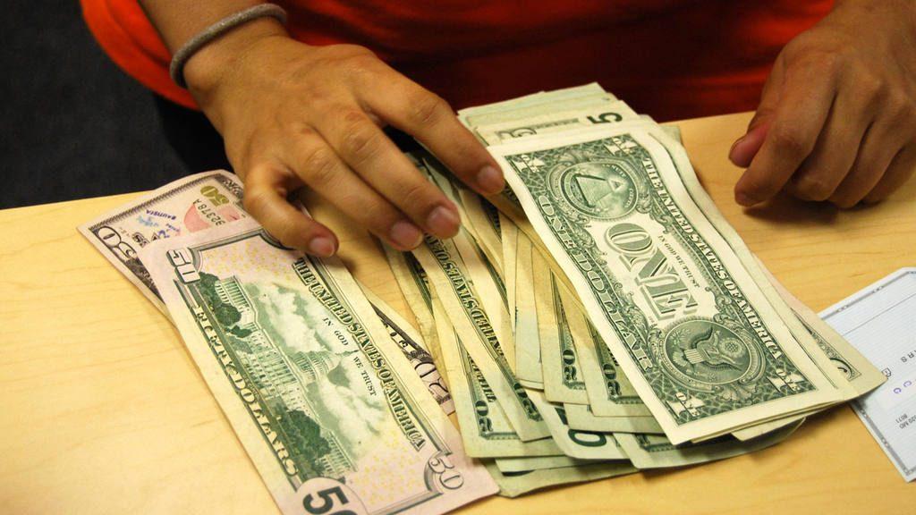 Dólares, remessas