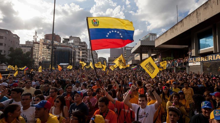 OEA mantiene sesión pese a reclamo de Venezuela