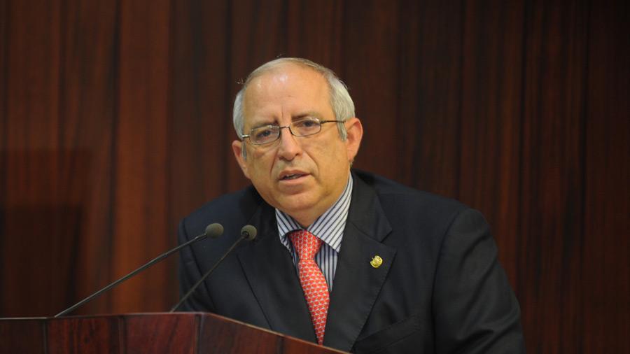Ex presidente del Congreso denuncia persecución política