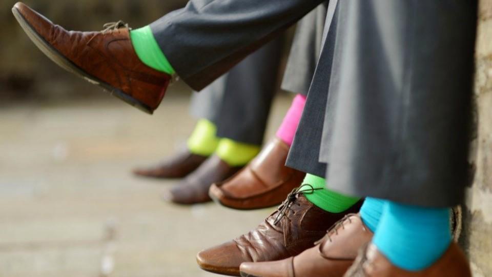 Una moda colorida que se pone a los pies de los hombres | elsalvador.com