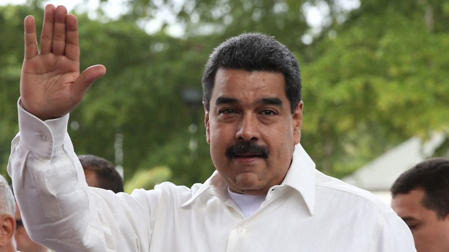 Nicolás Maduro cree que existen 5 puntos cardinales